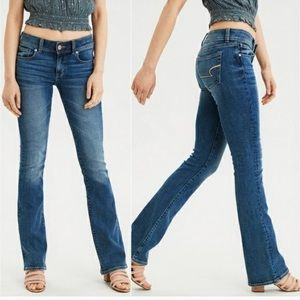AMERICAN EAGLE Kick Boot Stretch Bootcut Blue Jeans